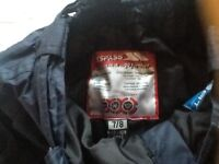 Girls/boys/ unisex Age 7/8 Navy Blue Trespass ski trousers in good condition