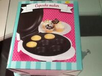 Cupcake maker never used