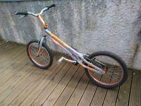 onza rip trails bike