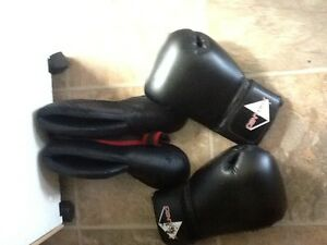 Sparring gloves and boots