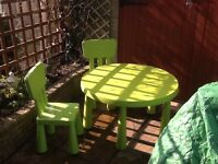 A lovely Child's Round table and 2 chairs