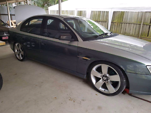 Vy 5 speed manual for swaps Brassall Ipswich City Preview