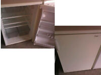 ZANUSSI UNDER COUNTER FRIDGE GOOD WORKING ORDER CAN BE SEEN WORKING VIEWING WELCOME PLZ RING ONLY
