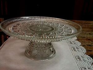 Vintage Anchor Hocking Glass Wexford Clear Pedestal Cake Plate