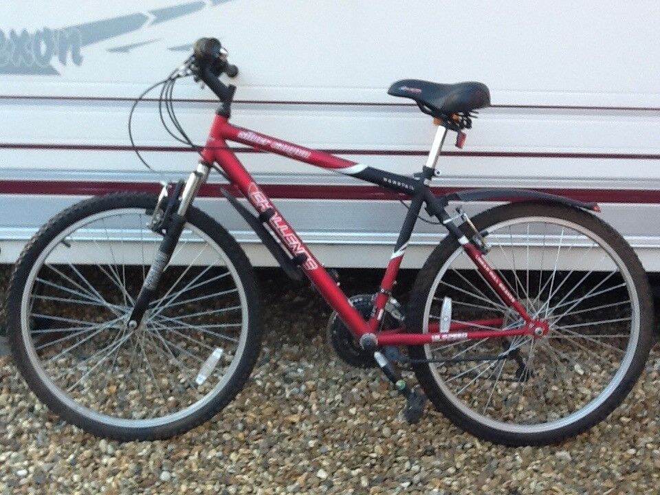 Adult bicycle 18.5 inch frame. Challenge Silverware er Canyon. Immaculate condition hardly used.