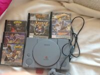 PlayStation 1 plus 7 games,memory card and 1 controller