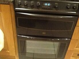 ElectricBelling cooker in perfect working condition double oven with grill very clean colour brown