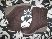 CHOCOLATE BROWN WEDGE SUEDE EFFECT BOOTS BRAND NEW SIZE 5 HAVE MORE BOOTS FOR SALE