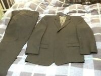 Calvin Klein suit size 42R for sale