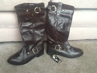 Lovely brown boots size 6, new with tag
