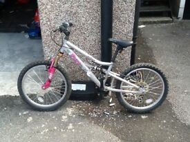 Girls Bmx to clear reduced ton£20