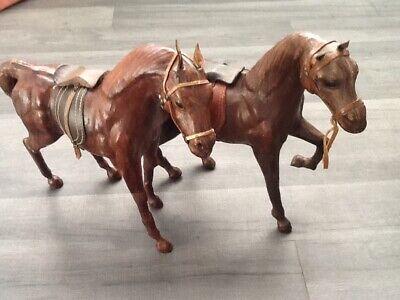 HORSE FIGURURES X2 HANDMADE LEATHER
