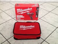 Milwaukee M12 SET 1E-201B Impact Driver