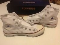 White converse all star boots new in box size 3