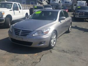 2009 Hyundai Genesis 4.6 Technology a must to see and drive...