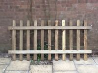 1 X picket style fence panel 3ft X 6ft