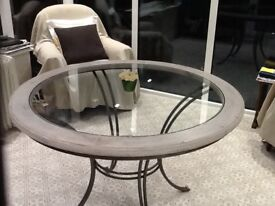 Ducal dining table