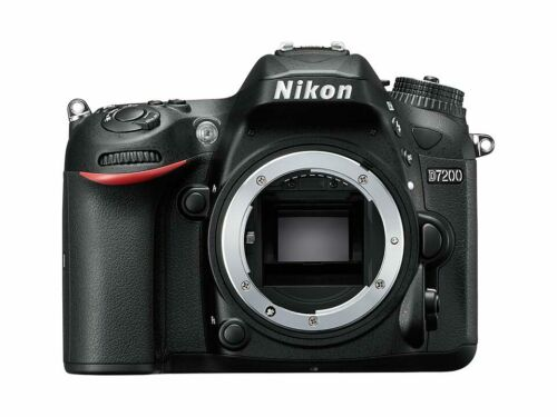 [NEAR MINT] Nikon D7200 24.2 MP Digital SLR Camera Body - Black  N103