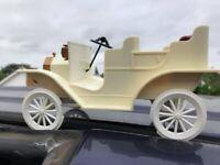 Sylvanian Families small wedding car