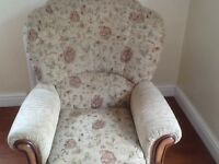 Settee for sale very good condition