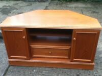 Wood Corner TV Unit
