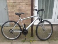 Townsend bike £35 can deliver for petrol26 wheel19 frame15 gears