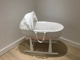 Shnuggle Moses basket from the Little White Company