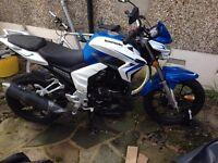 Lexmoto venom 125 cc in blue and white