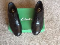 CLARKS MENS LEATHER SHOES
