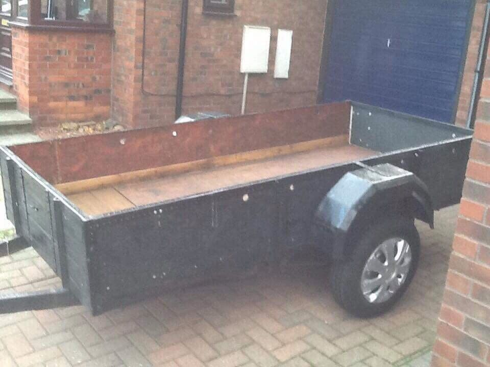 9 x 4 trailer with drop down back