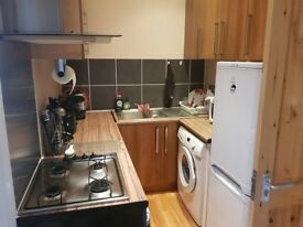 2 Bedroom flat, Amazing location - 5 minutes from WOOD GREEN