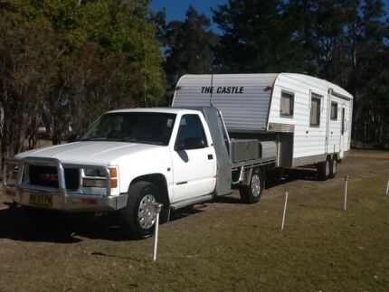 2005 Fifth Wheeler Plus GMC Sierra Tow Vehicle ready to go. Lower Belford Singleton Area Preview