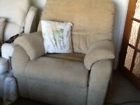 Reclining chair , electric , good excellent condition