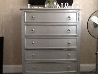 SHABBY CHIC SILVER CHEST OF DRAWERS