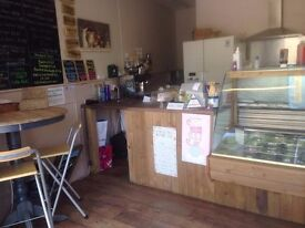 POPULAR SALAD AND SANDWICH TAKEAWAY BUSINESS FOR SALE £5,999 + rent