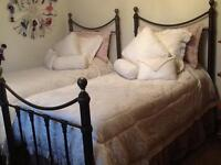 Set of Bombay Twin Beds with Mattresses and Boxsprings