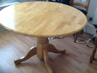 Round pine table for sale