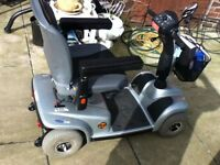 INVACARE LEO MID SIZE MOBILITY SCOOTER
