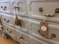 SALE !! Beautiful French Style Chest of Drawers