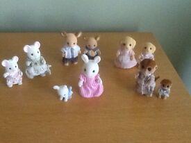 Sylvanian Families Figures (sets of 2)