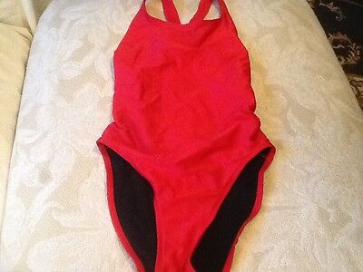 Gulbenkian women's red athletic racer back swimsuit 34 (Women's Athletic Bathing Suits)