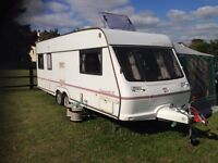 Fleetwood Chatsworth SE 590-5 Twin Axle Caravan 2000MY Great Condition, Hi-spec, One Owner from NEW!