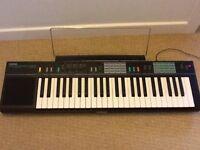 Yamaha PSR 12 Keyboard