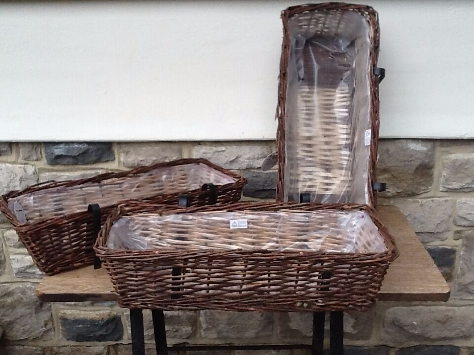 Wicker Garden Troughs/Planters NEW