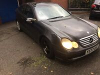 Mercedes Benz C CLASS AUTOMATIC SPARE OR REPAIR NEED RECOVERY TO MOVE THE CAR HAVE NO TAX OR MOT
