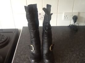 Ladies boots size 3