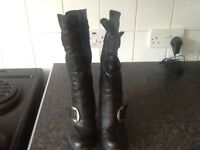 Ladies boots size 3
