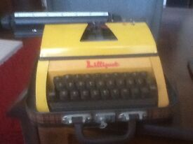 VINTAGE 1960s LILLIPUT JUNIOR TYPEWRITER & CASE , GOOD COND