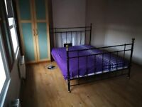 Rent for MASTER BADROOM in Feltham