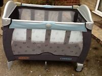 Graco 'Contour' Travel Cot with removable newborn bassinet, VGC